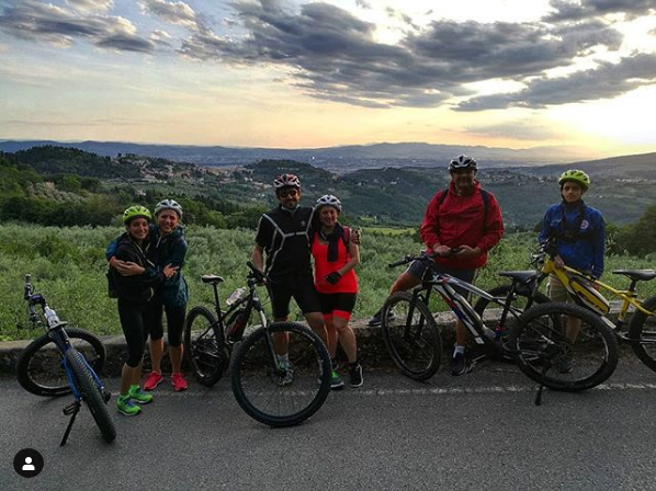 https://www.in-chianti.it/wp-content/uploads/2020/06/bici.png