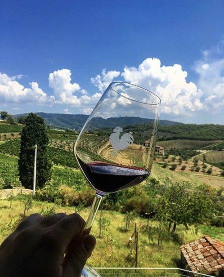 https://www.in-chianti.it/wp-content/uploads/2020/06/degustazioni-vino.jpg