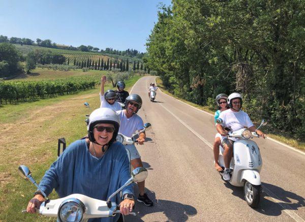 Tour in Vespa in Toscana